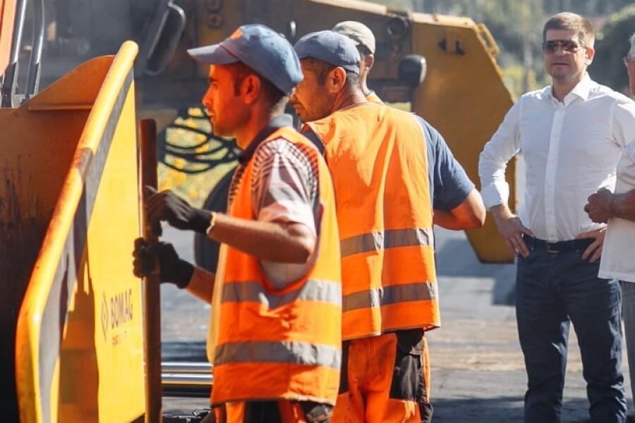 Начат ремонт дорог в деревнях Губино и Асташково