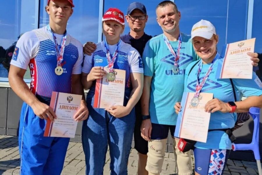 Стали многократными чемпионами России по гребному спорту