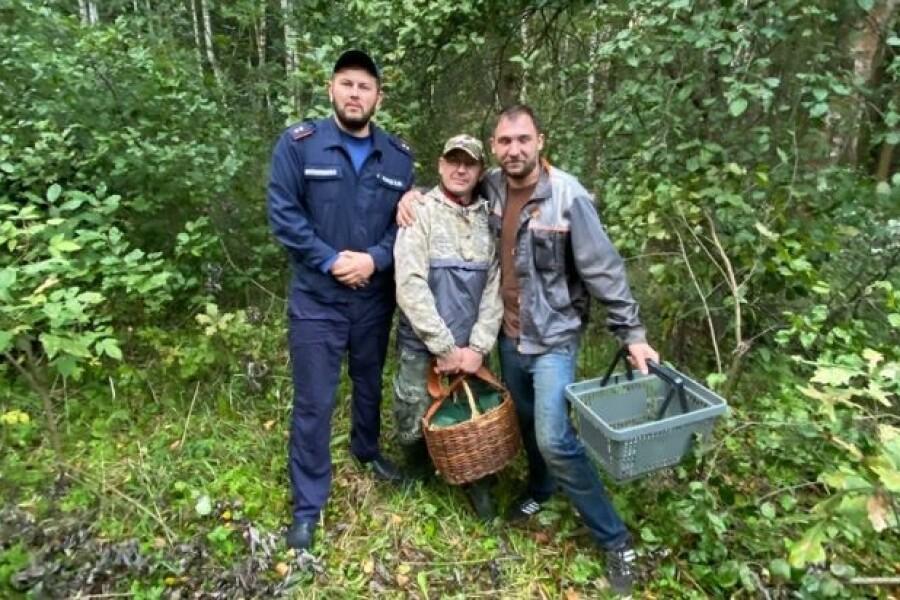 Еще двух грибников вывели из леса ореховозуевские спасатели
