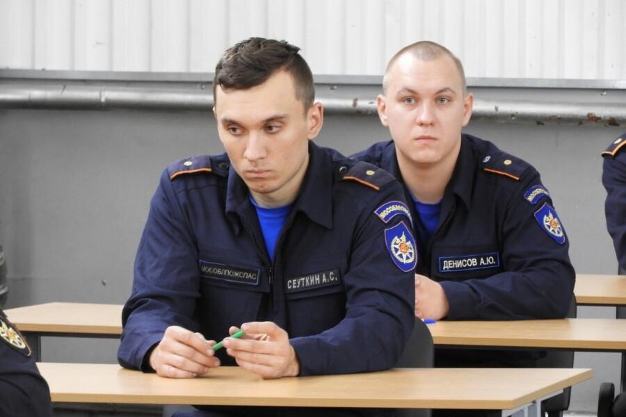 Спасатели округа в числе победителей конкурса «Лучший по профессии»