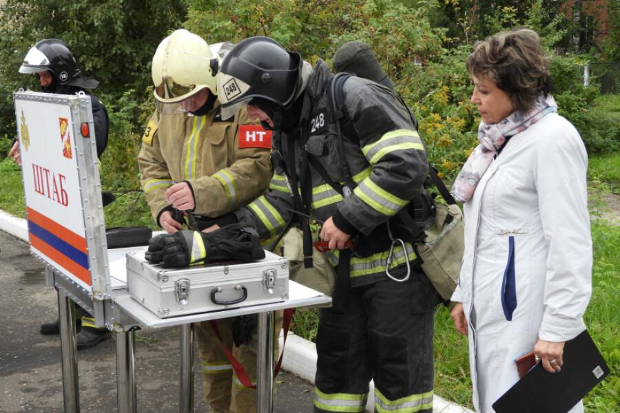 В гимназии Дрезны учились действовать при пожаре