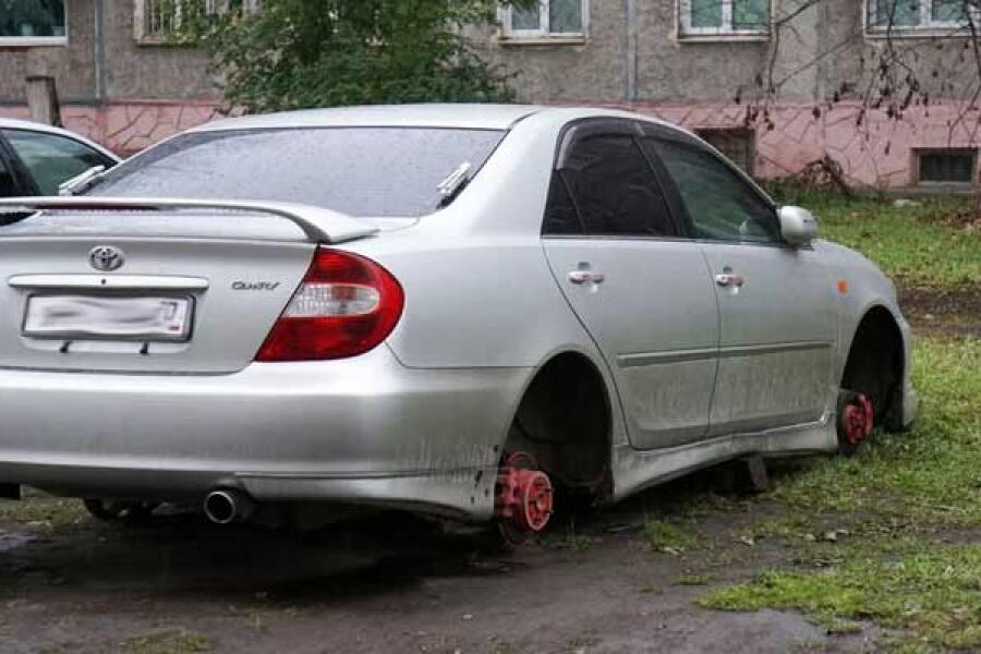 Полицейскими раскрыта кража автомобильных колес в Орехово-Зуеве