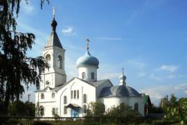 Старообрядческий храм во имя Николая Чудотворца в деревне Устьяново