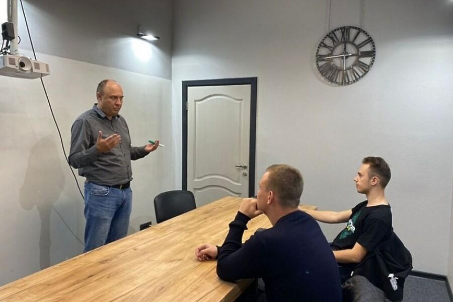 Финалисты конкурса «Мой Startup» встретились с опытными руководителями