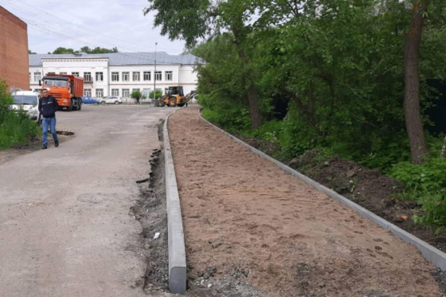 Долгожданный тротуар появился в Ликино-Дулеве на улице 2-й Пятилетки