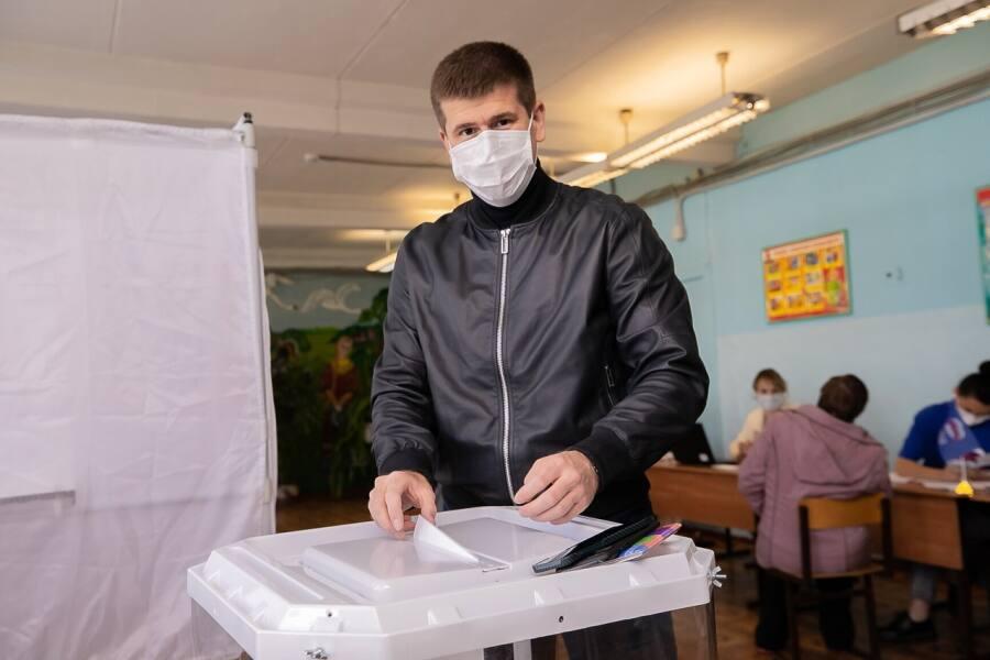 В округе прошло партийное голосование «Единой России»